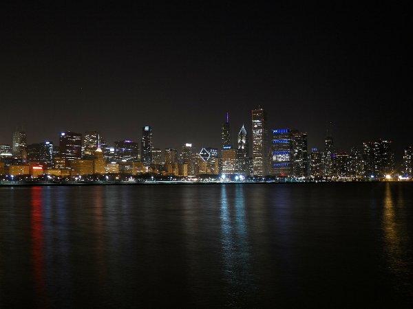 night-chicago